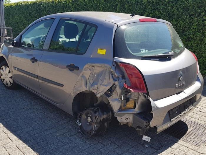 Gebruikte Renault Clio Iii Br Cr 1 2 16v 75 Portier 4deurs Links