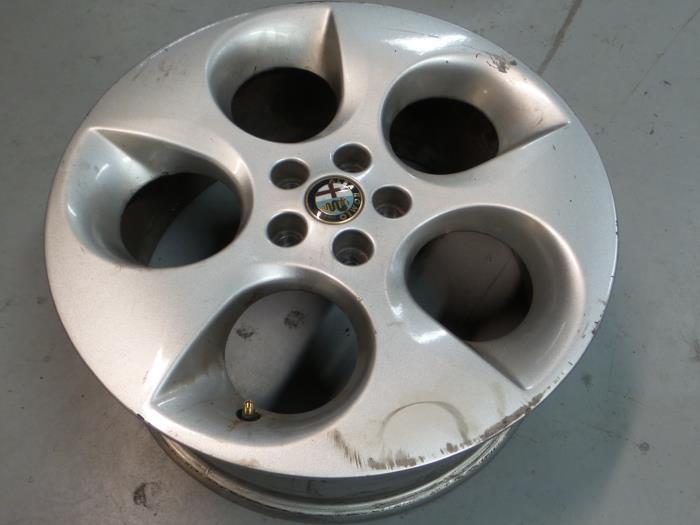 Gebruikte Alfa Romeo 147 937 20 Twin Spark 16v Velg