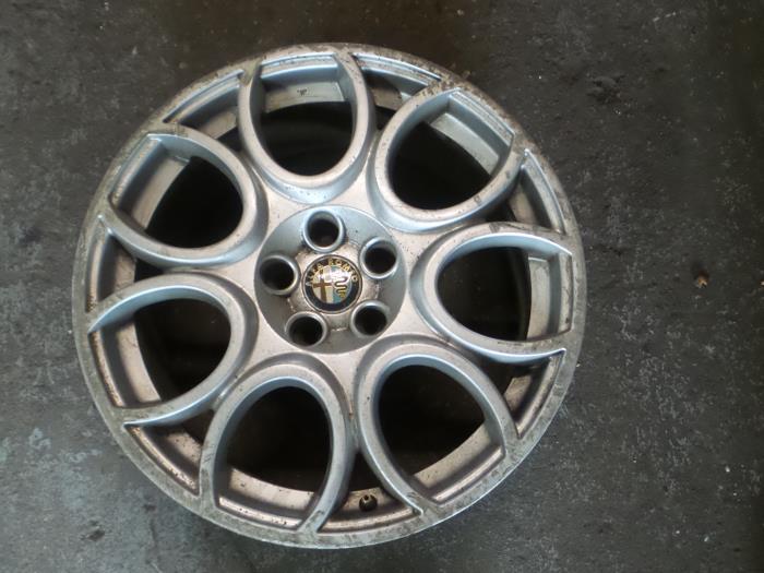 Gebruikte Alfa Romeo 159 939ax 19 Jtdm 16v Velg