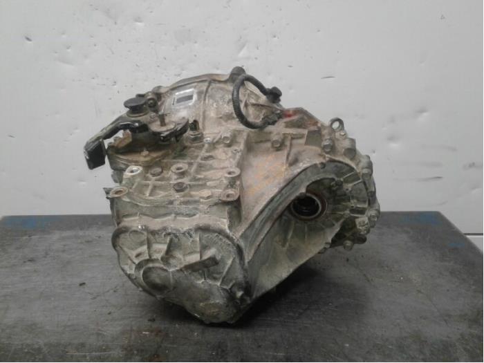 Versnellingsbak van een Hyundai iX 35 (LM) 1.7 CRDi 16V 2014