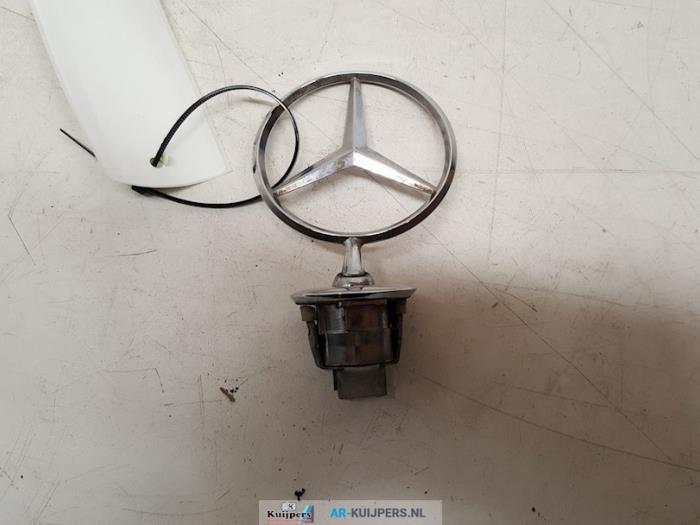 Embleem - Mercedes S-Klasse