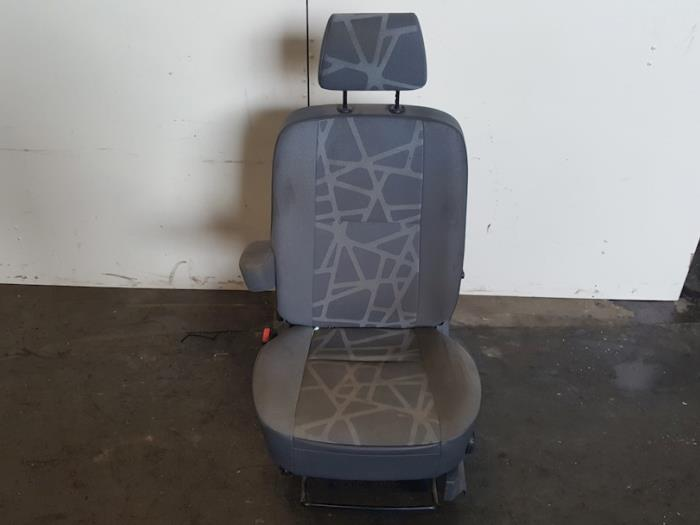 Stoel links - Ford Transit Connect