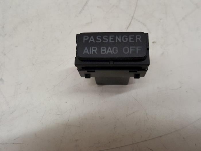 Airbag Slot - Volkswagen Golf