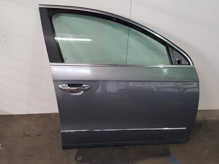 Portier 4Deurs rechts-voor - Volkswagen Passat
