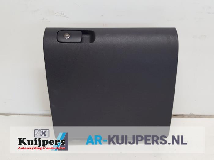 Dashboardkastje - Volkswagen Golf Plus
