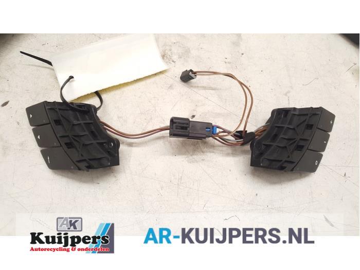 Radiobediening Stuur - Opel Corsa