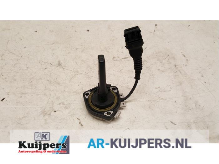 Olie niveau sensor - BMW 5-Serie