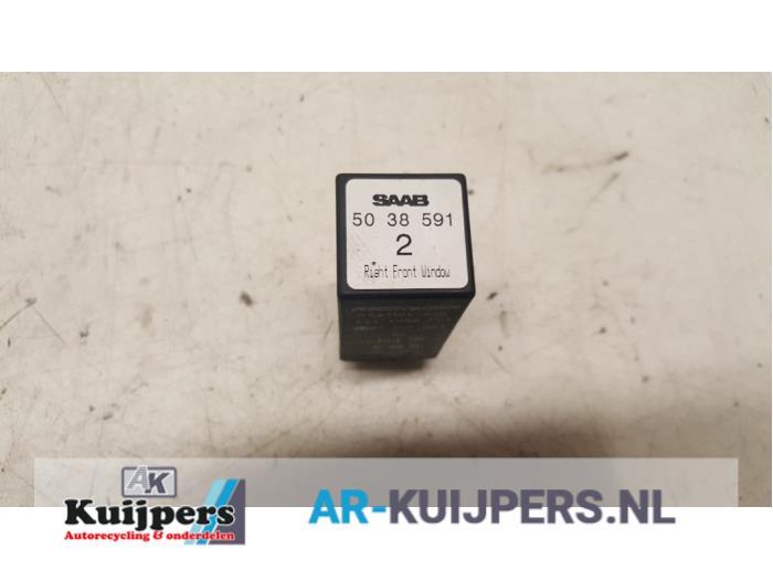 Relais - Saab 9-3