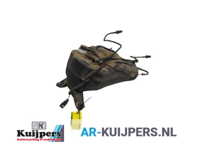 Adblue tank - Volkswagen Touareg