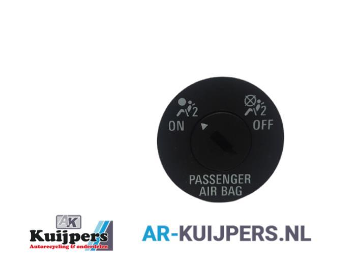 Airbag Slot - Opel Insignia