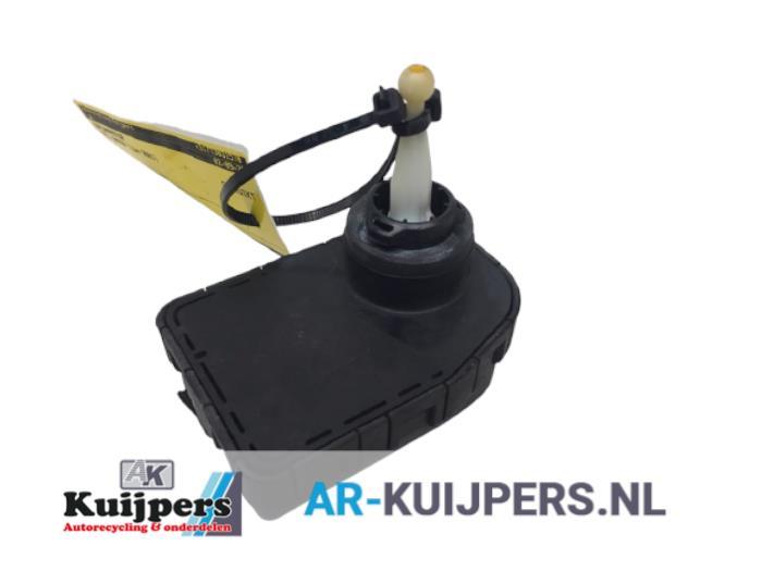 Koplampmotor - Opel Omega