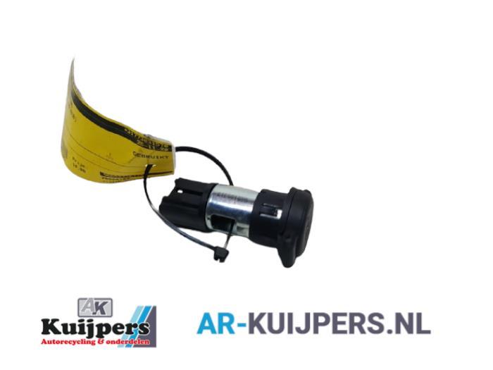 12 Volt aansluiting - Citroen DS3