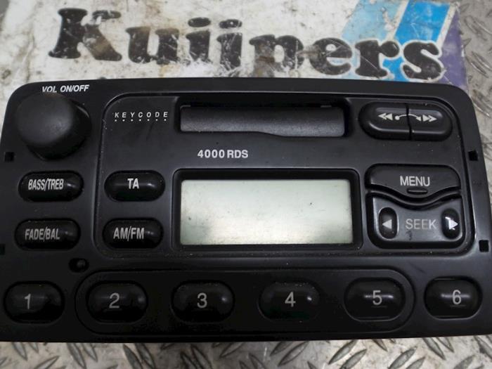 Radio/Cassette - Ford Focus