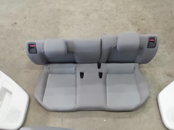 Gebruikte volkswagen up interieur bekledingsset for Kaja horeca interieur b v