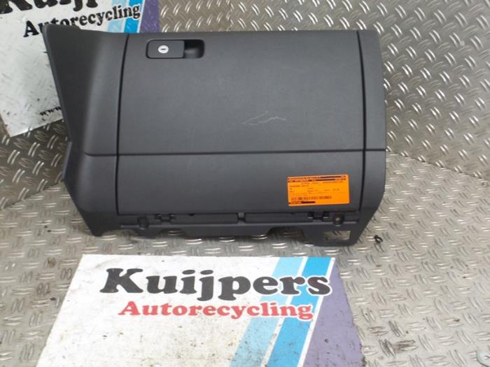 Dashboardkastje - Volkswagen Golf