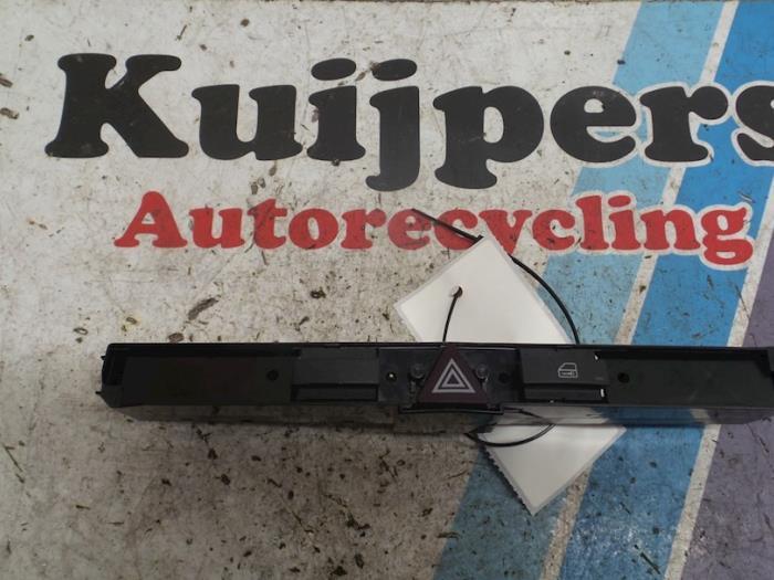 Paniekverlichtings Schakelaar - Opel Zafira