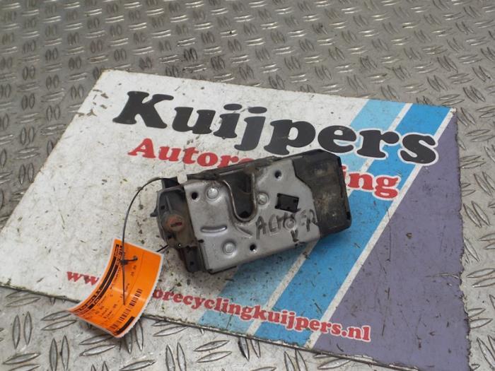 Deurslot Mechaniek 4Deurs rechts-achter - Opel Zafira