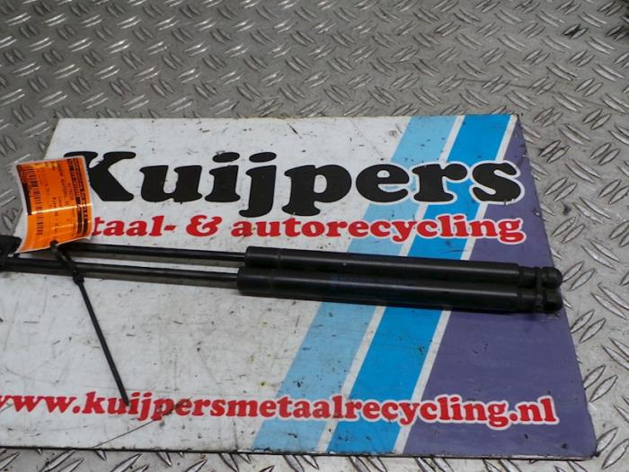 Set Gasdempers Achterklep - Ford KA