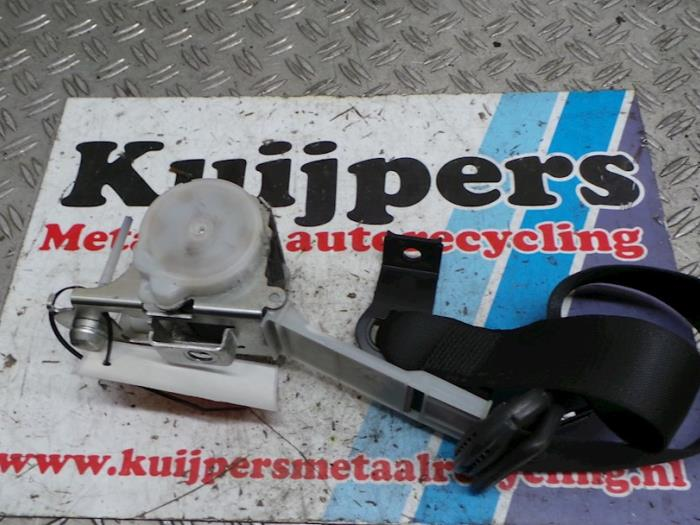Veiligheidsgordel rechts-voor - Opel Vectra