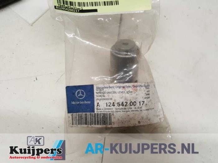 Olie niveau sensor - Mercedes 190E/D