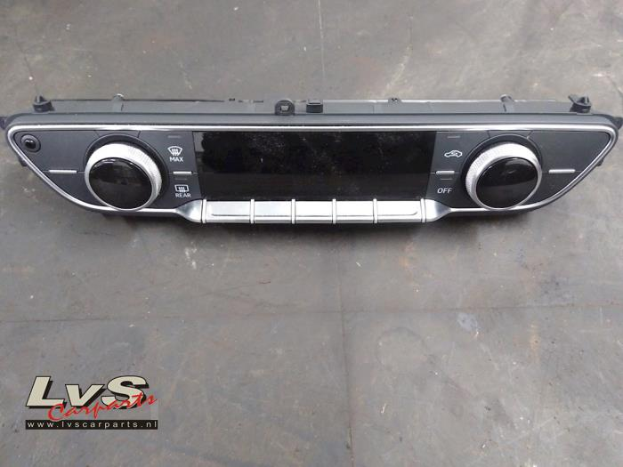 Audi A4 Airco bedieningspaneel