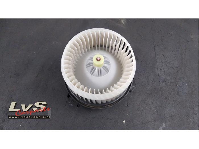 Suzuki Swift Kachel Ventilatiemotor