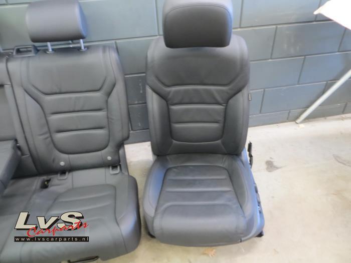 Gebruikte volkswagen touareg interieur bekledingsset for Auto onderdelen interieur