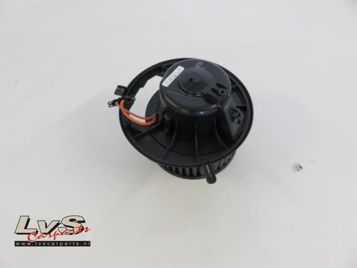 Volkswagen Tiguan Kachel Ventilatiemotor
