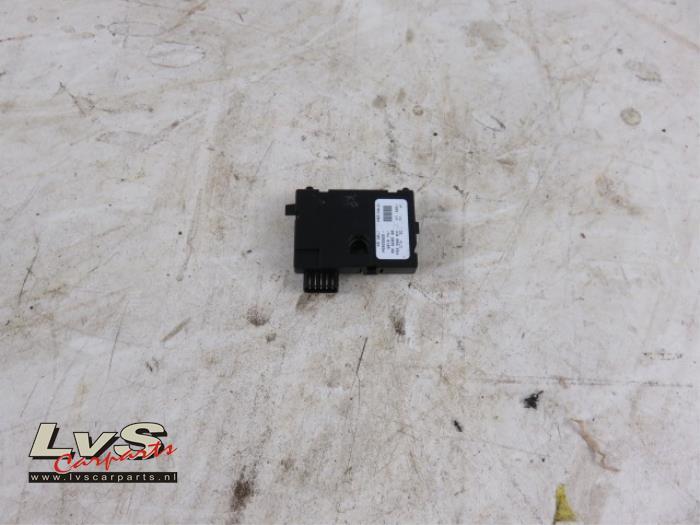 gebruikte audi a3 sportback quattro  8pa  ps  2 0 tfsi 16v stuurhoek sensor - 1k0959654