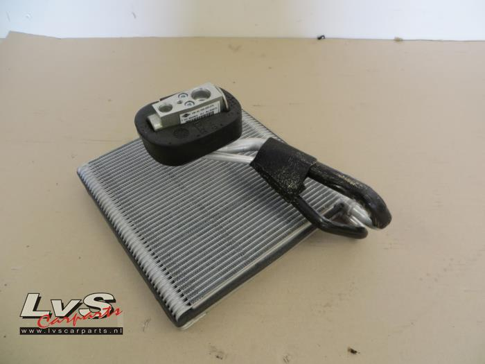Volkswagen Golf Aircoverdamper