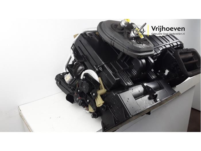 Kachelhuis van een Opel Astra J Sports Tourer (PD8/PE8/PF8) 1.4 16V ecoFLEX 2011