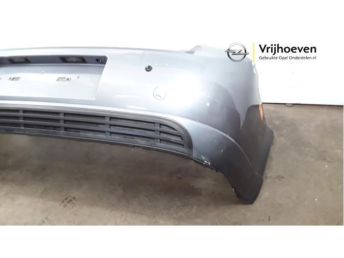 Achterbumper van een Opel Vectra C GTS 1.8 16V 2003