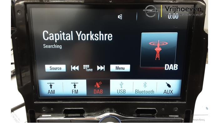 Radio module van een Opel Mokka X 1.4 Turbo 16V 2017