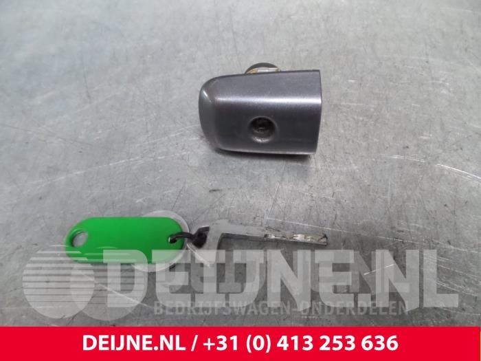 Deurslot Cilinder links - Volvo V50
