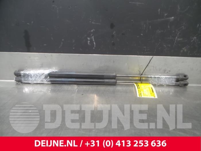 Set Gasdempers Achterklep - Volvo V60