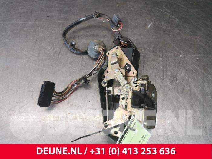 Deurslot Mechaniek 4Deurs links-voor - Volvo 850