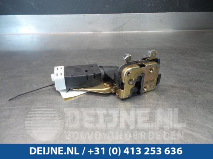 Deurslot Mechaniek 4Deurs links-voor - Volvo S40/V40