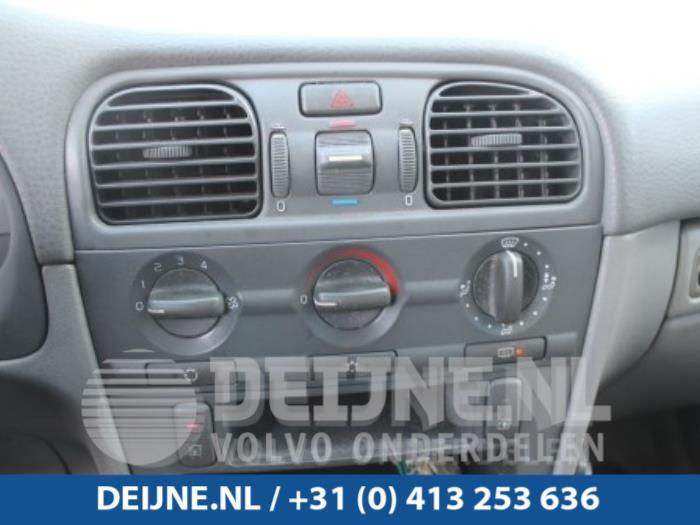 Kachel Bedieningspaneel - Volvo S40