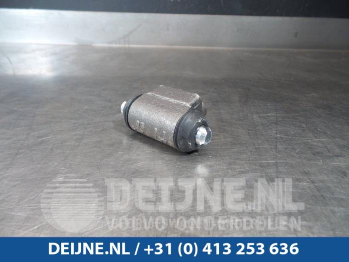 Wielremcilinder - Volvo 3-Serie