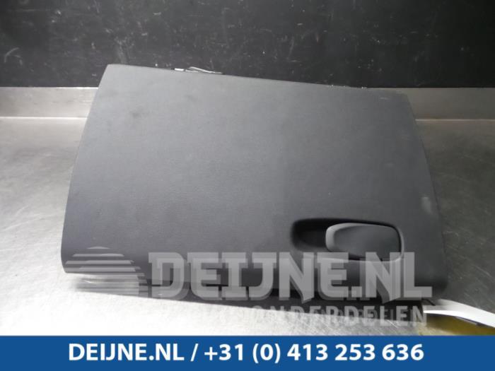 Dashboardkastje - Volvo V90