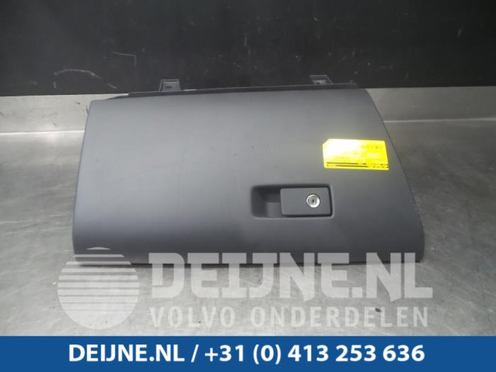 Dashboardkastje - Volvo V60