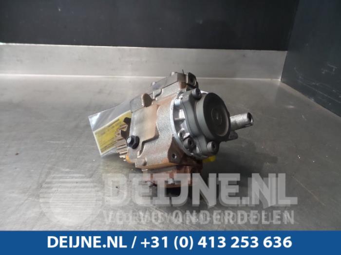 Brandstofpomp Mechanisch - Volvo S40