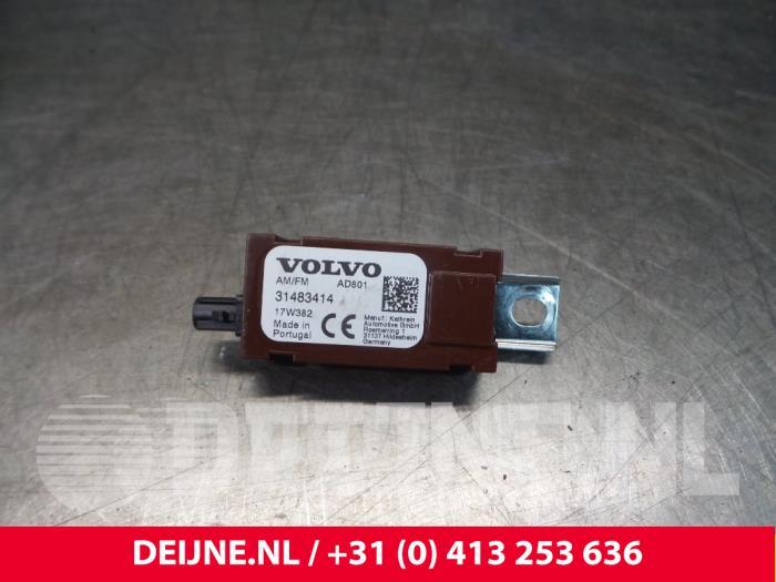 Antenne Versterker - Volvo V90