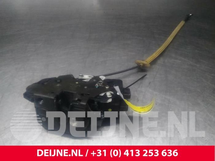 Deurslot Mechaniek 4Deurs links-achter - Volvo V70
