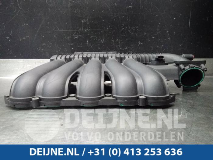 Inlaatspruitstuk - Volvo C70