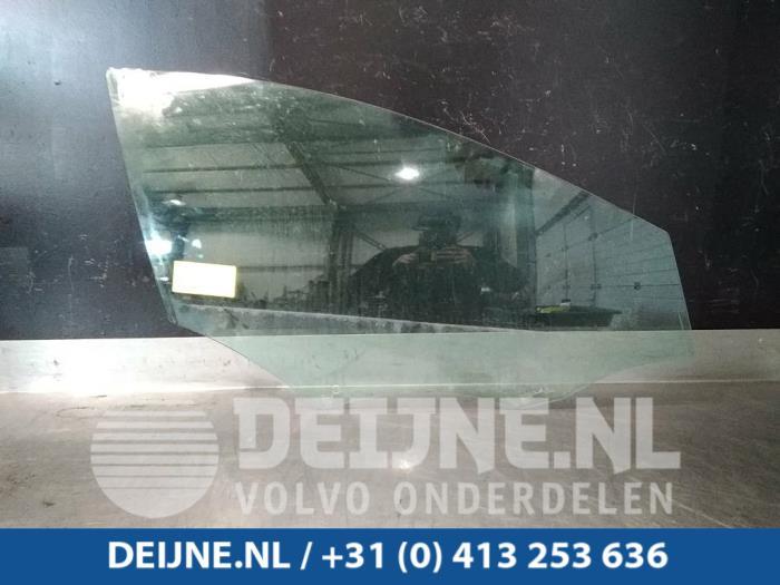 Portierruit 4Deurs rechts-voor - Volvo V40