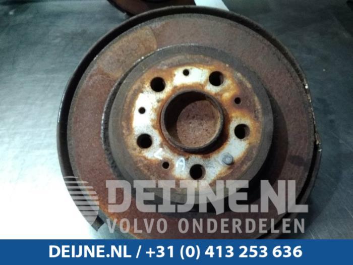 Fusee links-achter - Volvo V70