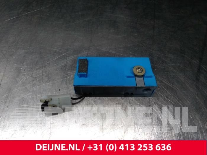 Antenne Versterker - Volvo C70