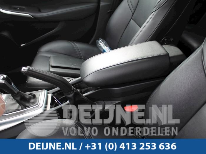 Middenconsoles - Volvo V40