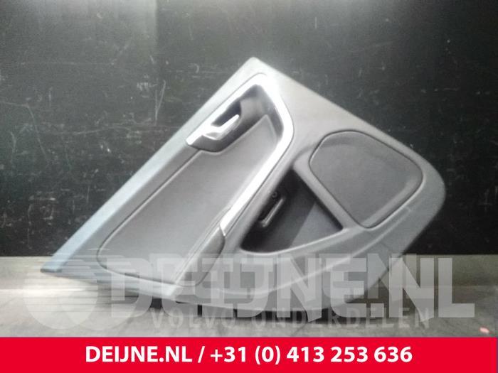 Portierbekleding 4Deurs rechts-achter - Volvo V60